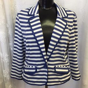 Ali & Kris Fitted Blazer size Large